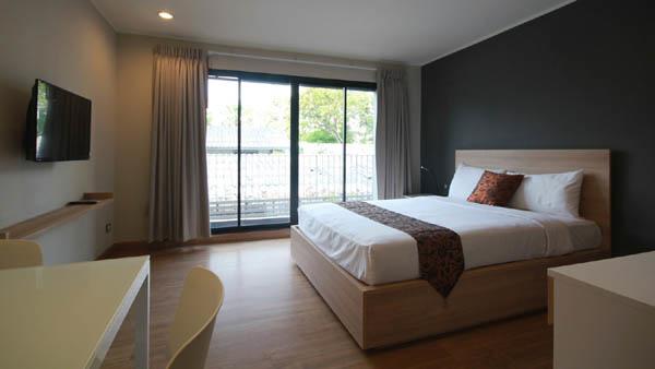 Sereine Sukhumvit 39 Residence Bangkok room.jpg