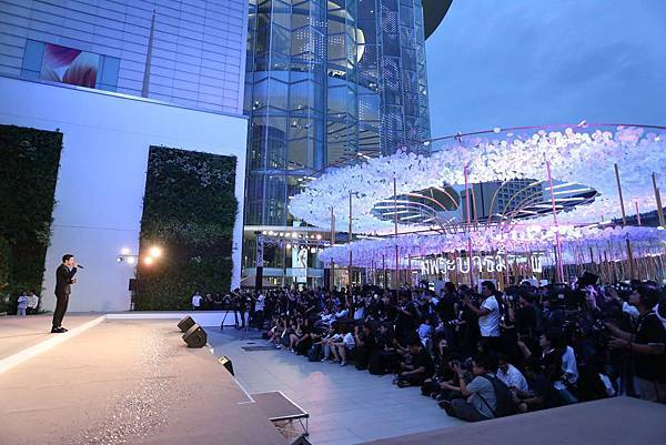 Siam Paragon2016-2017new year eve2.jpg