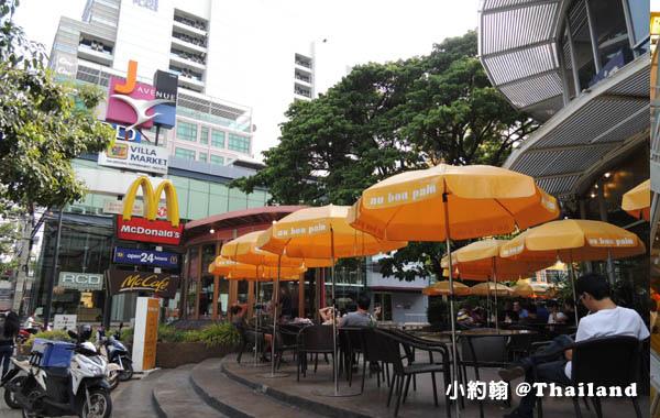 J Avenue Thonglor.jpg