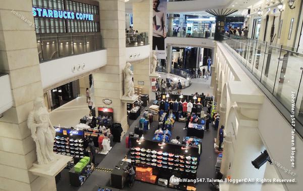 Terminal21 Asok shopping rome.jpg