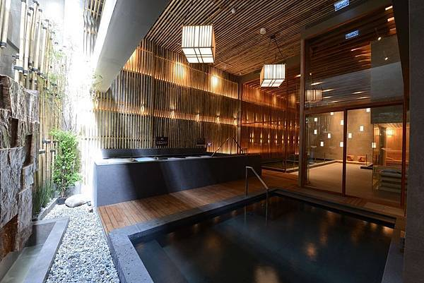 Let's Relax Onsen & Spa Thonglor4.jpg