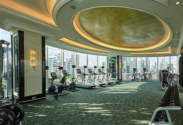 Grande Centre Point Sukhumvit 55 Thong Lo gym.jpg