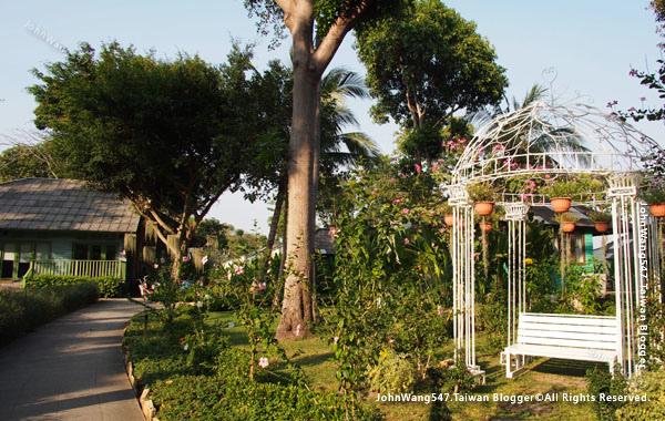 Sai Kaew beach Resort samed garden.jpg