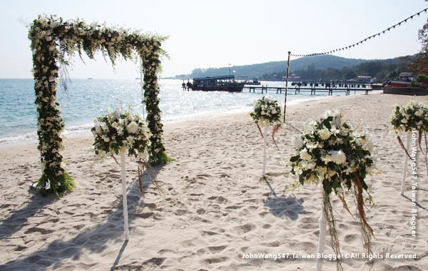 Mooban Talay Resort samed wedding gate.jpg