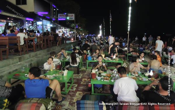 Ploy talay restaurant Fire Show Sai Kaew Beach7.jpg
