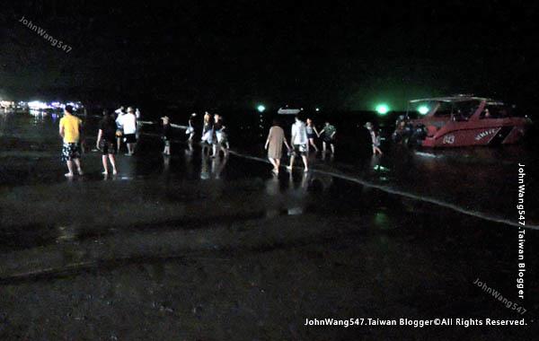 Sai Kaew Beach koh samet Night speedboat.jpg