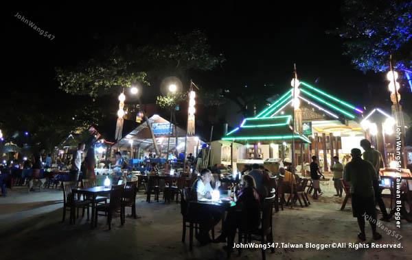 Sai Kaew Beach koh samet Night restaurant.jpg