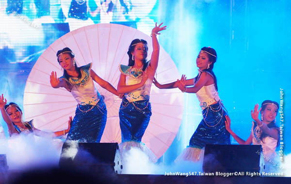 Rayong Banphe and Samed island annual festival 2.jpg