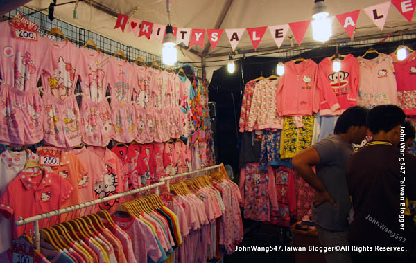 Rayong Banphe night market3.jpg