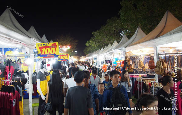 Rayong Banphe night market1.jpg