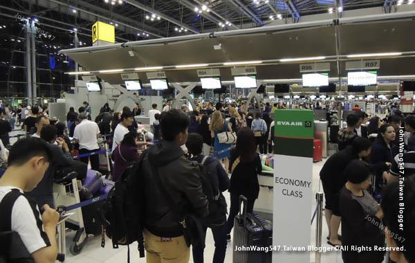 長榮航空EVA Air曼谷飛台北桃園經驗談2.jpg