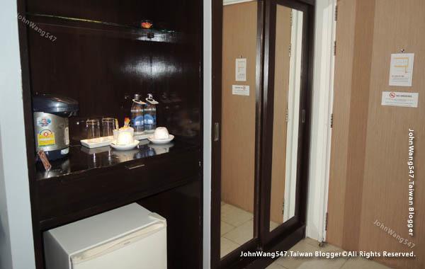 HOTEL de BANGKOK曼谷平價飯店room2.jpg