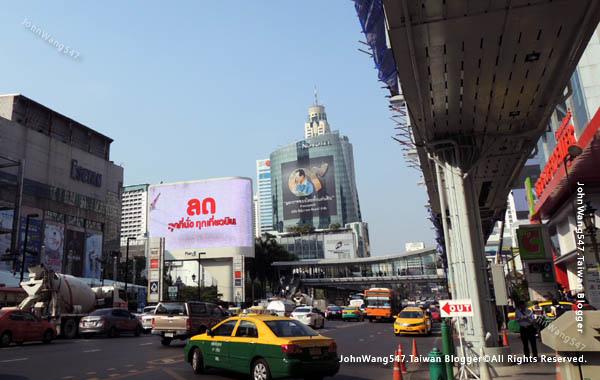 曼谷奇隆站水門市場天橋Big C CentralWorld2.jpg
