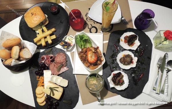 GourmetBar-Novotel Siam Square Hotel food.jpg