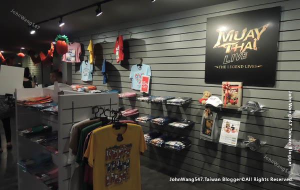 曼谷泰拳秀Muay Thai Live@Asiatique gift shop.jpg