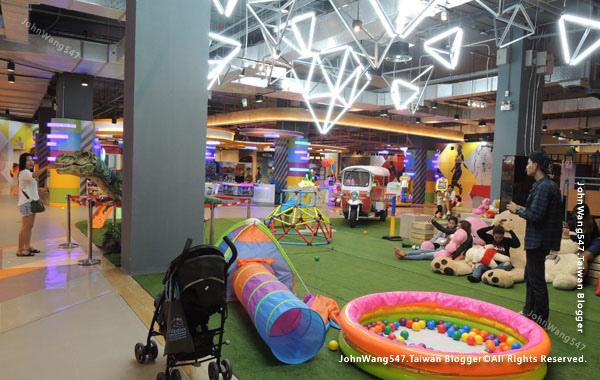 Show DC Bangkok韓潮百貨商城playground.jpg