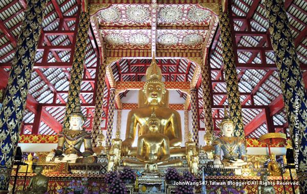 Wat Suan Dok Chiang Mai10.jpg