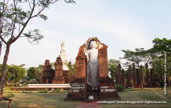 The Main Chedi of Wat Maha That, Sukhothai1.jpg