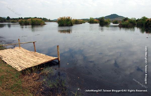 Rayong Wetland sanctuary pond Samnak Yai.jpg