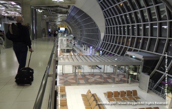 飛泰國曼谷選搭紅眼航班怎麼辦2.jpg