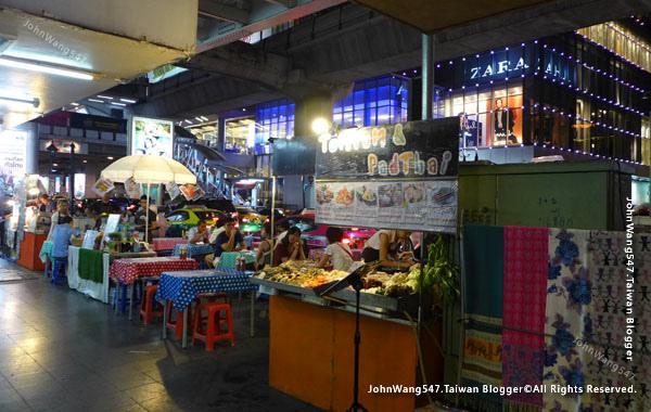 泰國夜市謠言曼谷路邊攤要撤離.jpg