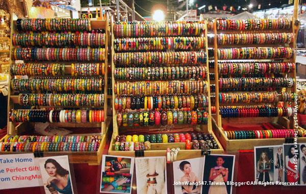 Chiang Mai Night Bazaar-Anusarn Market6.jpg