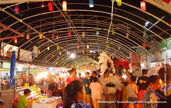 Chiang Mai Night Bazaar-Anusarn Market9.jpg