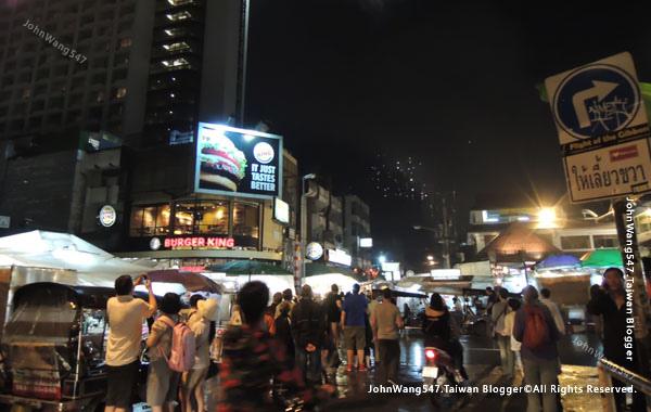 Chiang Mai Night Bazaar-天燈節.jpg