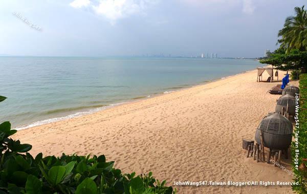 U Pattaya Hotel Sunshine Beach.jpg