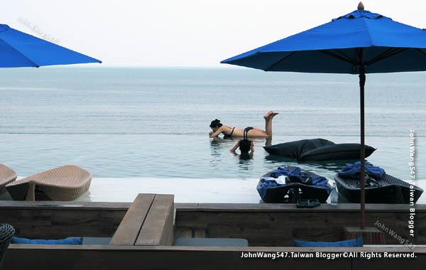 U Pattaya Hotel beach pool2.jpg