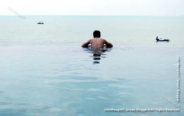 U Pattaya Hotel beach pool3.jpg