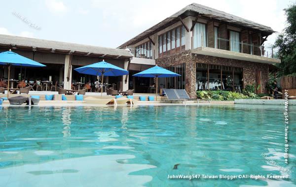 U Pattaya Hotel beach pool5.jpg