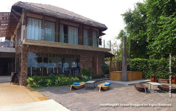U Pattaya Hotel beach gym.jpg