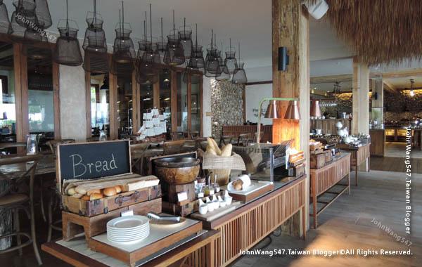 U Pattaya Hotel breakfast2.jpg