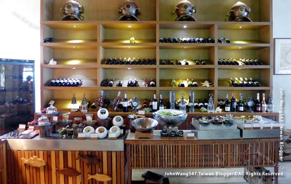 U Pattaya Hotel Papillon Restaurant3.jpg