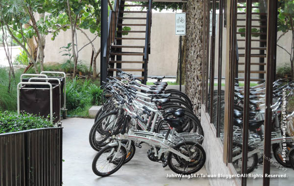 U Pattaya Hotel free bicycle.jpg