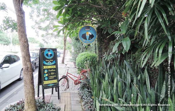 Cafe De Oasis Chiang Mai2.jpg