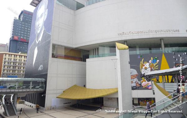 Bangkok Art And Culture Centre(BACC)曼谷藝術文化中心.jpg