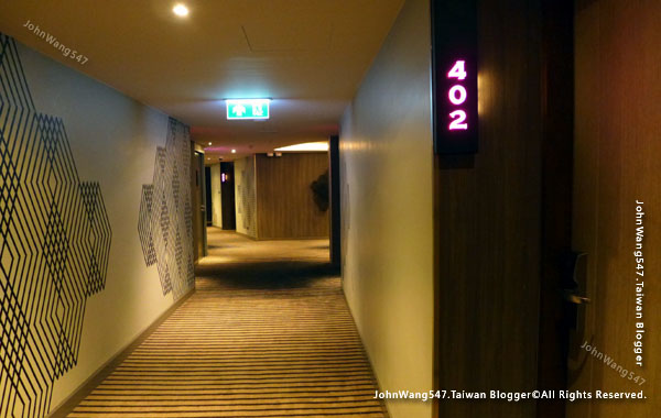 U Nimman Chiang Mai Hotel room.jpg
