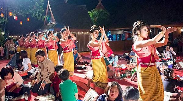 KLOOK清邁帝王餐與傳統歌舞表演2.jpg