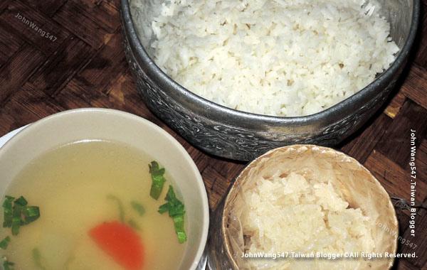 Khantoke Dinner Show Chiang Mai food1.jpg