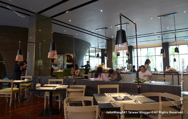 U Nimman Chiang Mai Hotel Breakfast.jpg