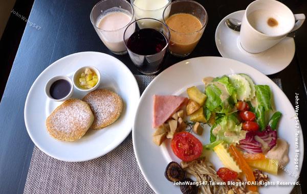 U Nimman Chiang Mai Hotel Breakfast1.jpg