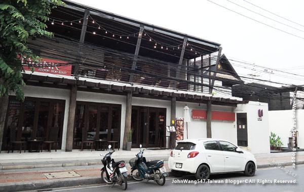 EAT&DRINK@U Chiang Mai restaurant2.jpg