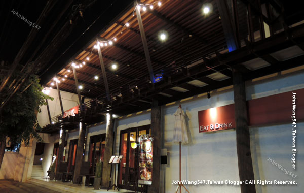 EAT&DRINK@U Chiang Mai restaurant3.jpg