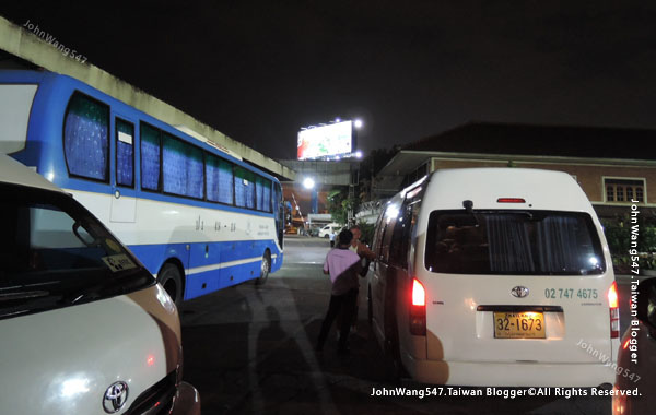 Bell Travel Service BUS曼谷芭達雅貝爾巴士6.jpg