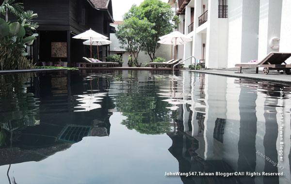 U Chiang Mai hotel swimming pool2.jpg