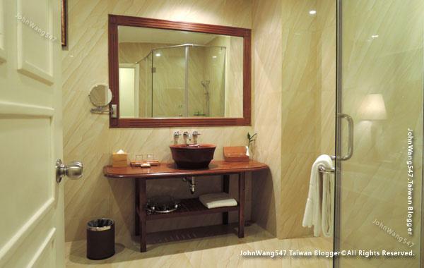 Sokha Siem Reap Resort Hotel Room3.jpg