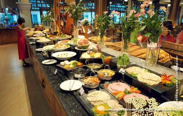 Sokha Siem Reap Resort Breakfast2.jpg
