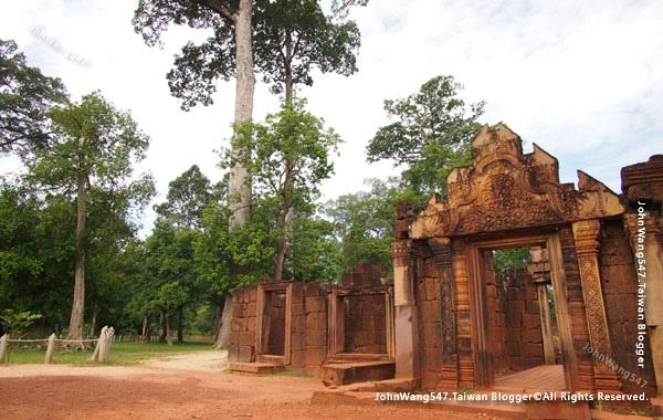 柬埔寨吳哥旅遊Banteay Srei女皇宮7.jpg